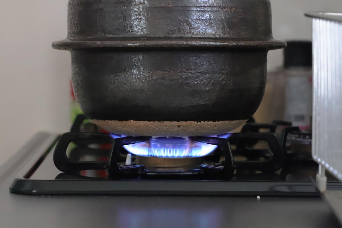 有田焼のごはん鍋